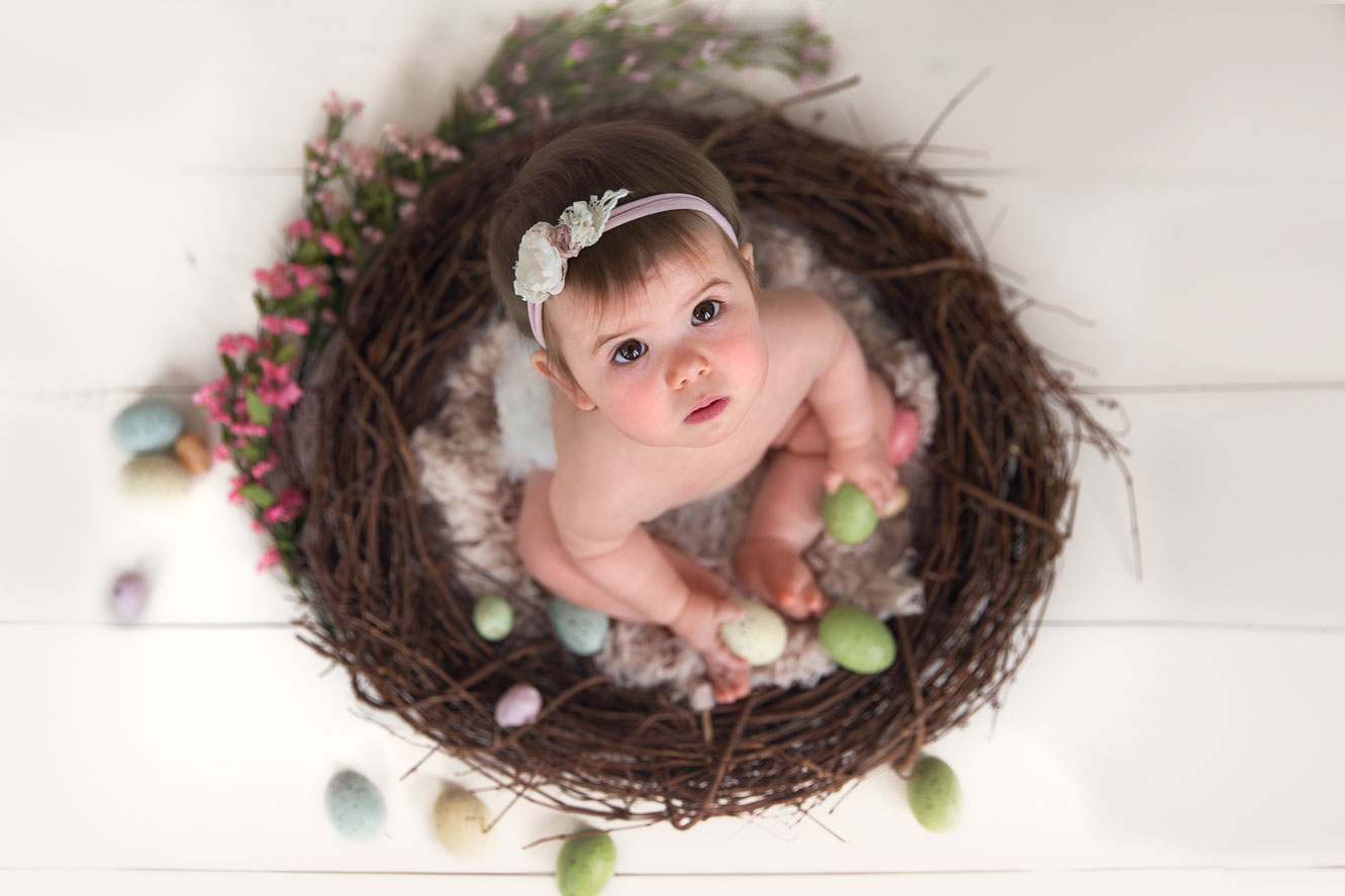 Baby girl easter mini photography session by Rhonda Cunningham Photography, a Lexington, ky baby photographer