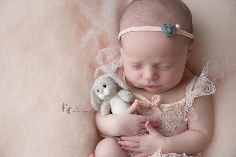 nicholasville ky newborn photographer baby girl holding bunny